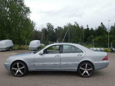 käytetty Mercedes S320 4d AUTOM KATS 7/-20 AC AJ 315TKM JOPA ILMAN KÄSIRAHAA...