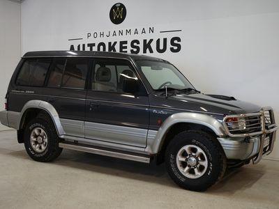 käytetty Mitsubishi Pajero 2.8TD GLS Wagon 5d - ** JYKEVÄ METSÄTEIDEN KUNINGAS! **