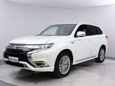 käytetty Mitsubishi Outlander P-HEV Intro 4WD 5P