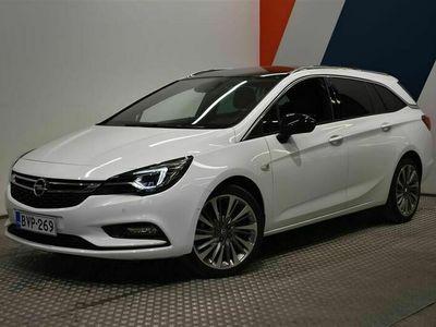 käytetty Opel Astra Sports Tourer Matrix Edition 1,6 Turbo Start/Stop 200hv AT6 **Tulossa myyntiin, Valkoinen**