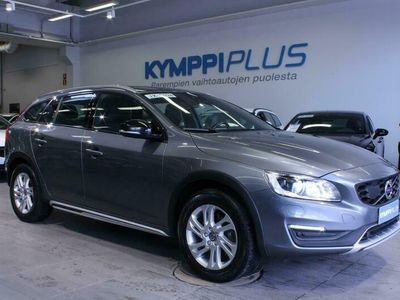käytetty Volvo V60 CC D3 Classic Plus aut - ** RAHOITUSKORKO 1,49% ** - Webasto / On Call / Navi / Digimittaristo / Koukku / Lämpöratti