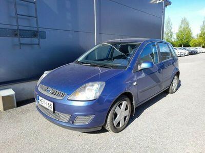käytetty Ford Fiesta 1.4i Limited 5d***LÖYTÖPIHA***