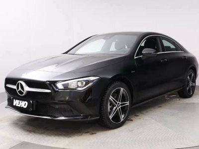 käytetty Mercedes CLA250 e A Business AMG EQ Power + Advantage, Isot näytöt