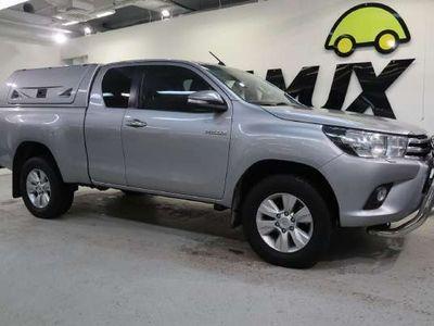 käytetty Toyota HiLux Extra Cab 2,4 D-4D 150 4WD // Alv