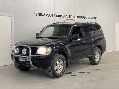 käytetty Mitsubishi Pajero 2.5l 4WD *Suomiauto / ALV / Ilmastointi / Koukku*