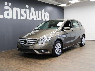 käytetty Mercedes B180 BE A **Navigointi, Park Assist, Peili-paketti, Sadetunnistin** **** LänsiAuto Safe -sopimus hint