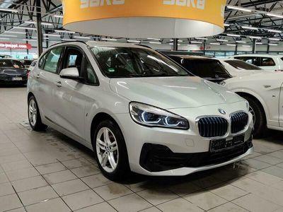 käytetty BMW 225 Active Tourer F45 225xe A ** Blow-by-heater / Navi / Pysäköintitutkat / Sähköluukku / Merkkihuollett