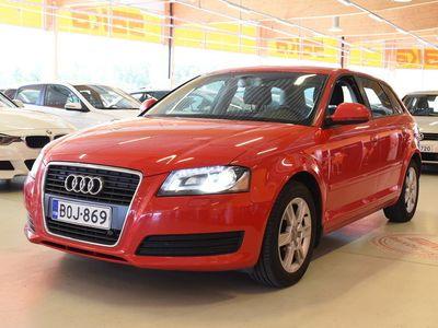 käytetty Audi A3 Sportback Attraction Business 1,4 TFSI 92 kW S tronic Start-Stop ** Suomi-auto / Vakkari / Lohkolämmitin / Xenon-plus **
