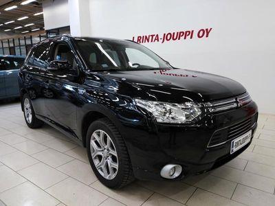 käytetty Mitsubishi Outlander P-HEV 2.0 4WD 5P *Merkkiliike huollettu*Nahat*Navi*Koukku*