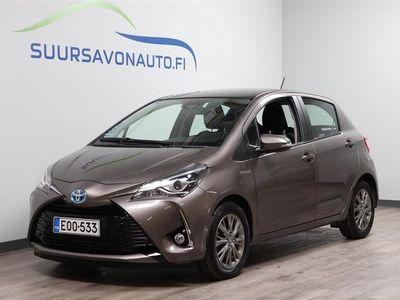 käytetty Toyota Yaris 1,5 Hybrid Launch Edition 5ov **MERKKIHUOLLETTU**