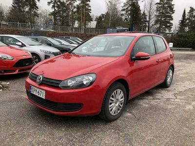käytetty VW Golf Comfortline 1,4 TSI 90 kW #Vetokoukku #Lohkolämmitin #Vakkari