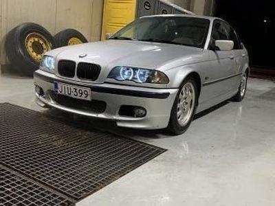 käytetty BMW 320 i E46