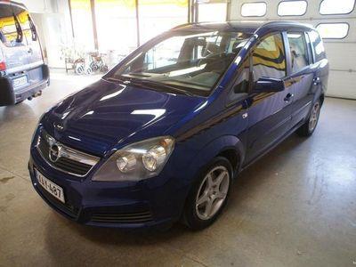 käytetty Opel Zafira 2.2 Enjoy 5d A 2.2 Enjoy 5d A 7-Paikkainen