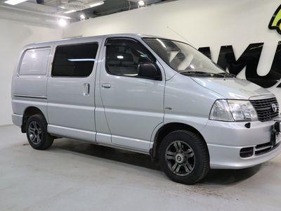 käytetty Toyota HiAce HiaceUmpikorinen (BB) 2490cm3