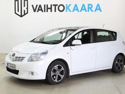 käytetty Toyota Verso 2,0 D-4D 126 DPF Sol Edition # Lohkolämmitin, Lasikatto, Autom.ilmastointi, Vakionopeudensäädin #