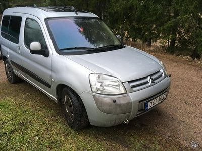 käytetty Citroën Berlingo MULTISPICE wagon 1.6 bensa