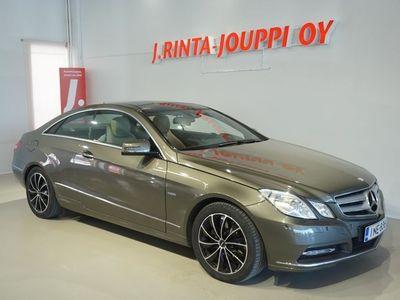käytetty Mercedes E350 CDI BE Coupé A *Todella hieno!* *Panorama, Navi, Nahat*