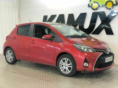 käytetty Toyota Yaris 1,33 Dual VVT-i Style 5ov / Navi / Peruutuskamera / Lasikatto / ilmastointi / Audio-järjestelmä: multimedia Touch 2 / peruutuskamera / f / yleisliitäntä (USB/iPod/AUX-liitäntä)