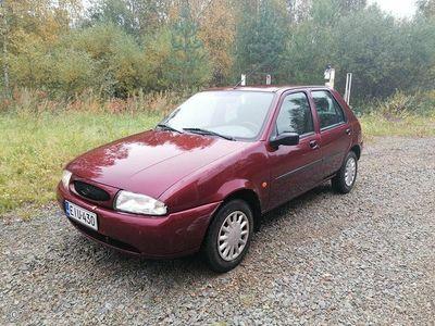 käytetty Ford Fiesta 1.3i -99