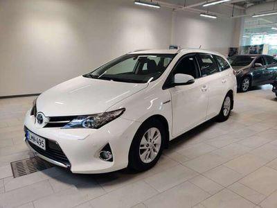 käytetty Toyota Auris Touring Sports 1,8 Hybrid Comfort Automaatti*0%-korko + kulut tähän autoon 30.11 asti