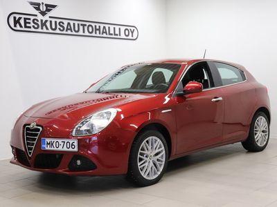 käytetty Alfa Romeo Giulietta 1,4 MultiAir 170hv Bensiini - Tutka, Vakionop.sääd - Vain 5 Päivää * 24-29.10* Korko 0.99+kulut