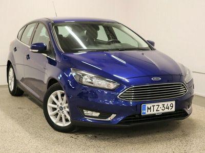 käytetty Ford Focus 1, 0 EcoBoost 125 hv Start/Stop A6 Titanium 5-ovinen / Pysäköintiavustin / Tutkat / Lämmitettävä tuulilasi / Vakionopeussäädin / Santander rahoitustarjous 1, 59% + kulut