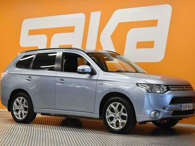 käytetty Mitsubishi Outlander P-HEV Intense Plus 4WD 5P ** Suomi-auto / P.kamera / Lohkolämmitin / Ilmastointi **