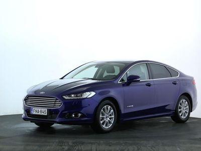 käytetty Ford Mondeo 2,0 187hv eCVT Titanium HEV Edition 4D | Rahoitustarjous 1,9% ja vuoden polttoaineet kaupan päälle