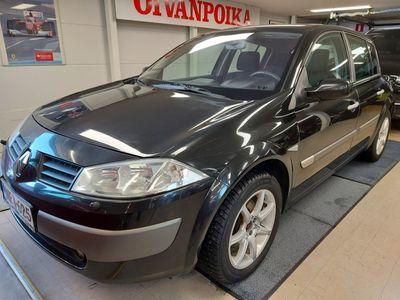käytetty Renault Mégane 1.6i 16v HATCHBACK Huoltokirja, 2xrenkaat, Ilmastointi, Jakoremmi vaihdettu ! Käsiraha0%