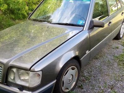 käytetty Mercedes 300