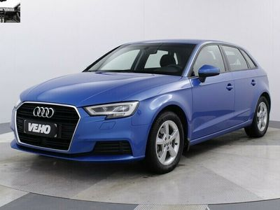 "käytetty Audi A3 Sportback Business g-tron 30 96 kW/131 hv S tronic ""kaasu/bensa"""
