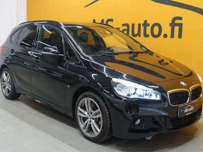 käytetty BMW 225 Active Tourer F45 xe iPerformance M-Sport #Nahkasisusta #Sporttipenkit #Sähkökontti #LED #Navigointi