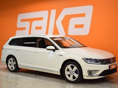 käytetty VW Passat Variant GTE Plug-In Hybrid 160 kW (218 hv) DSG-automaatti **Adapt vakionopeudensäädin/Peruutuskamera