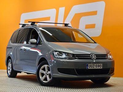 käytetty VW Sharan Comfortline 2,0 TDI 103 kW (140 hv) BlueMotion DSG 7p ** Suomi-auto / Tilava! / Tutkat / Koukku / Lohko / Xenon **