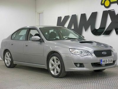 käytetty Subaru Legacy 2,0 Diesel sedan AQ / Neliveto / Moottori vaihdettu / Sähköpenkki kuskilla / Lohkolämmitin / Sisätilan koristeet nahka / ohjauspyörä (nahkainen Momo) / automaattinen ilmastointi / vakionopeussäädin