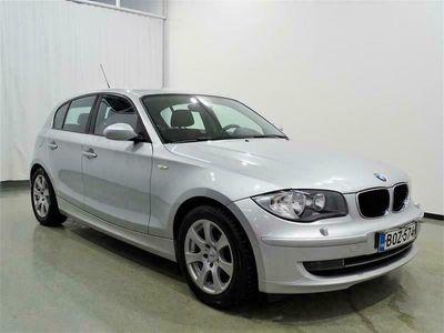 käytetty BMW 116 D E87 Hatchback 5-ov Business * RAHOITUS 0e KÄSIRAHALLA * VAKKARI * MONITOIMIRATTI * 2 x RENKAAT * LOHKOLÄMMITIN *
