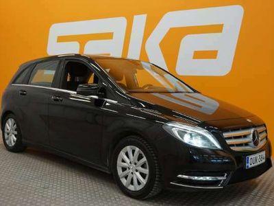 käytetty Mercedes B180 BE Premium Business ** Suomi-auto / Xenon-valot / Tutkat / Bluetooth **