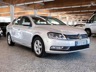käytetty VW Passat Sedan Comfortline 1,6 TDI 77 kW (105 hv) BlueMotion Technology DSG-automaatti