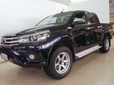 käytetty Toyota HiLux Double Cab 2,4D-4D 150 4WD Premium Aut 5p Approved lisäturva 12kk veloituksetta