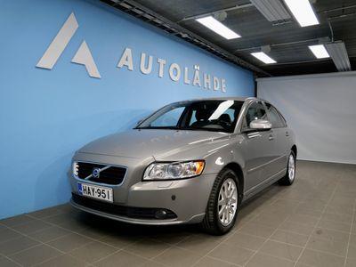 käytetty Volvo S40 2.0D 136hv Momentum Facelift *Webasto* KORKO: 1.99% + KASKO 299e!