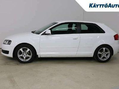käytetty Audi A3 Compact Coupe Attraction Business 1,9 TDI e (DPF)