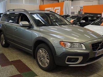 käytetty Volvo XC70 D5 AWD Summum aut ** Suomi-auto / Nahkasisusta / Bi-Xenon / P-tutka / Webasto / Handsfree / Kuljetta