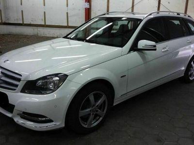 käytetty Mercedes C200 2.2 CDI T-model BlueEfficiency Avantgarde FACELIFT *NAVI*LED* KATTOLUUKU*2 x RENKAAT*YMS!!