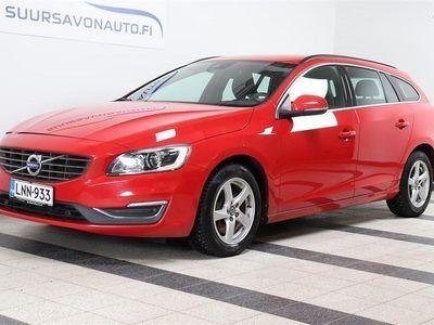 käytetty Volvo V60 D4 AWD Business aut ** 1-OMISTAJA / SUOMI-AUTO / XENON / VETOKOUKKU **