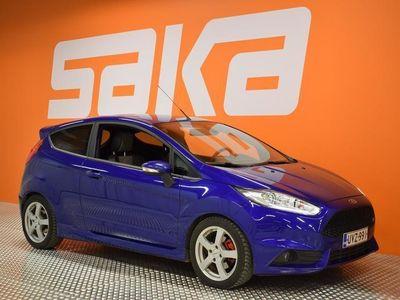 käytetty Ford Fiesta 1,6 EcoBoost 182 hv ST M6 3-ovinen ** Navi / KeyLessGo / Bluetooth / Vakkari **