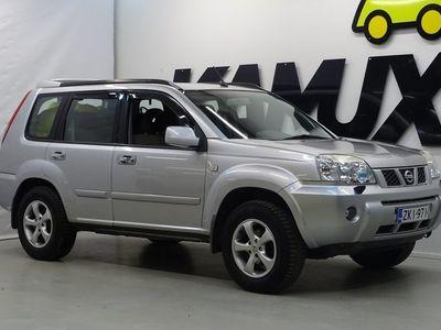 käytetty Nissan X-Trail 2.5 4x4 / JUURI TULLUT / NELIVETO / ILMASTOINTI / KOUKKU / 2XRENKAAT