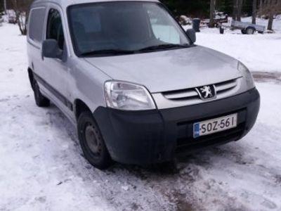 käytetty Peugeot Partner furgon 1,4 -04