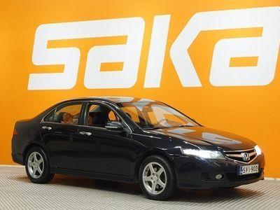 käytetty Honda Accord 2,4i EXECUTIVE AT ** Suomiauto / Huoltokirja / Kattoluukku / Lohkolämmitin & sisäpistoke **