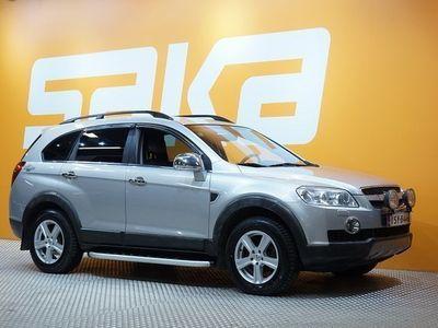käytetty Chevrolet Captiva 7-henk LT 3,2 V6 A/T AWD ECC ** Suomi-auto / Aux-in / Nahat / Lohko **