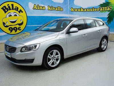 käytetty Volvo V60 D6 AWD HYBRID MOMENTUM - *D6 AWD PLUG-IN HYBRID* *VAKKARI, NAVI, TUTKAT YM!* - *NYT ON OSTAJAN MARKK
